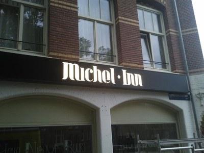 Lichtbak Michel Inn.jpg