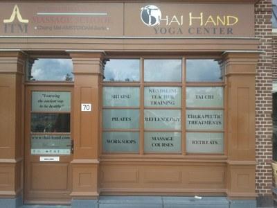 Winkel belettering Thai Hand Massageschool.jpg