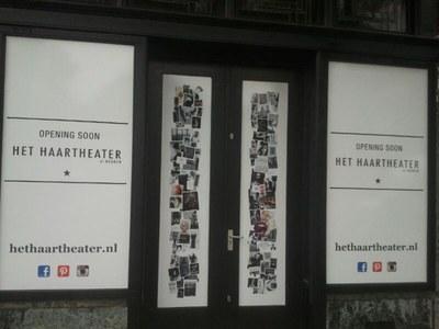 Raamsticker Het Haartheater.jpg