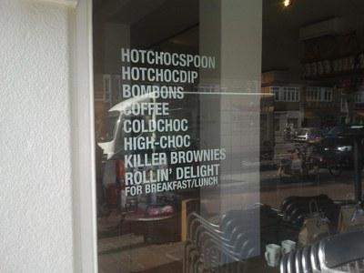 Raamstickers Choco Compagnie menu.jpg